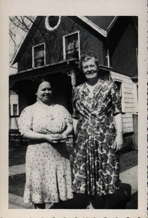 Photograph, two women in dresses